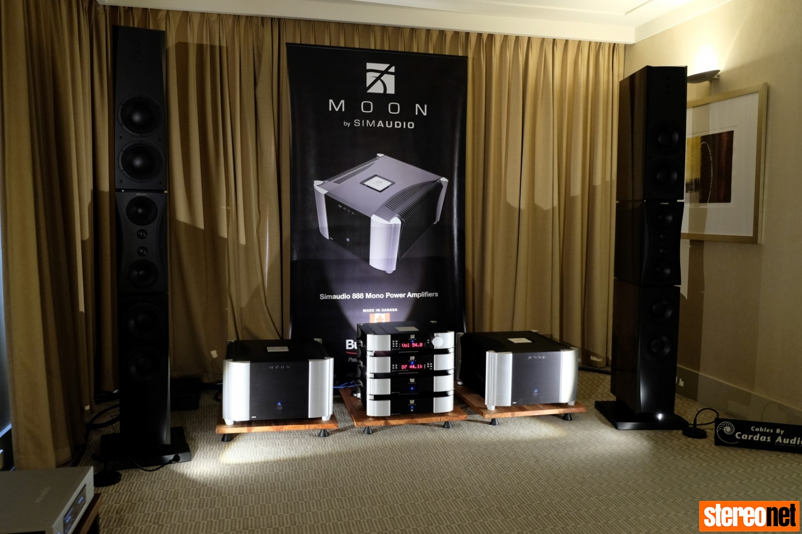 Simaudio Moon and Dynaudio