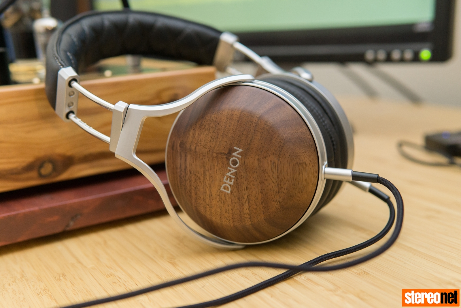 Denon AH-D7200 Headphone Review