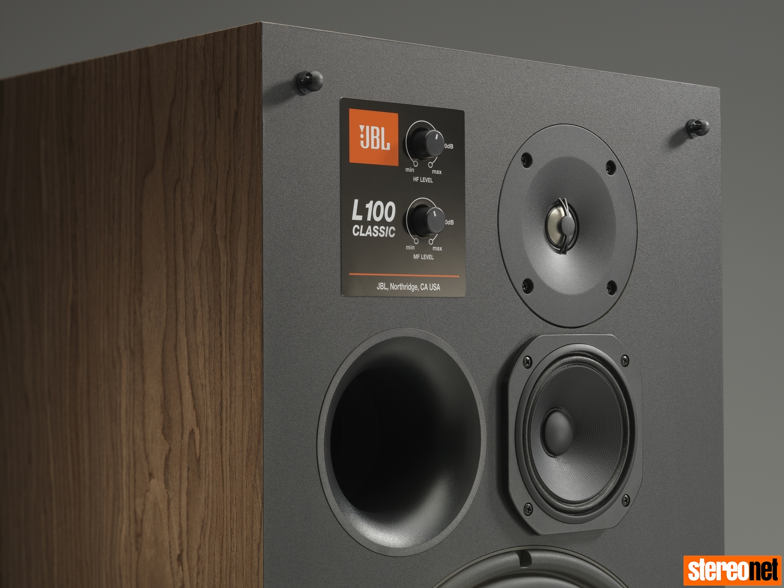 JBL Gives New Life to Legendary L100 Loudspeakers | - StereoNET