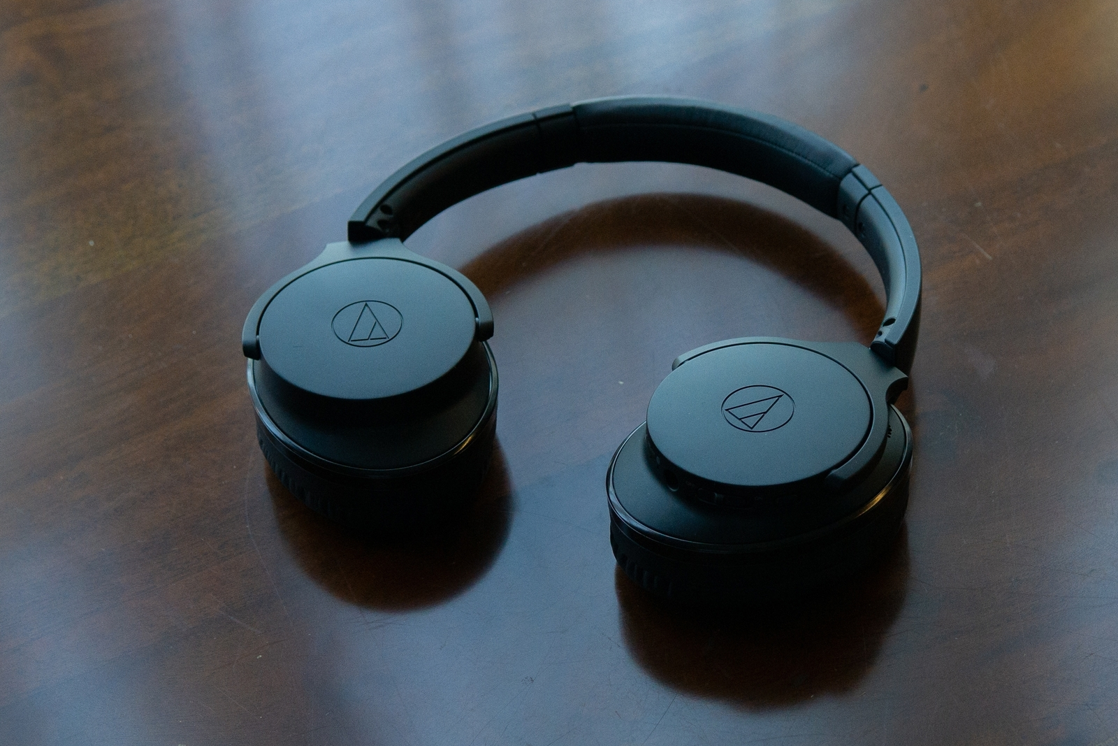 Audio-technica ATH-ANC900BT Noise Cancelling Bluetooth Over