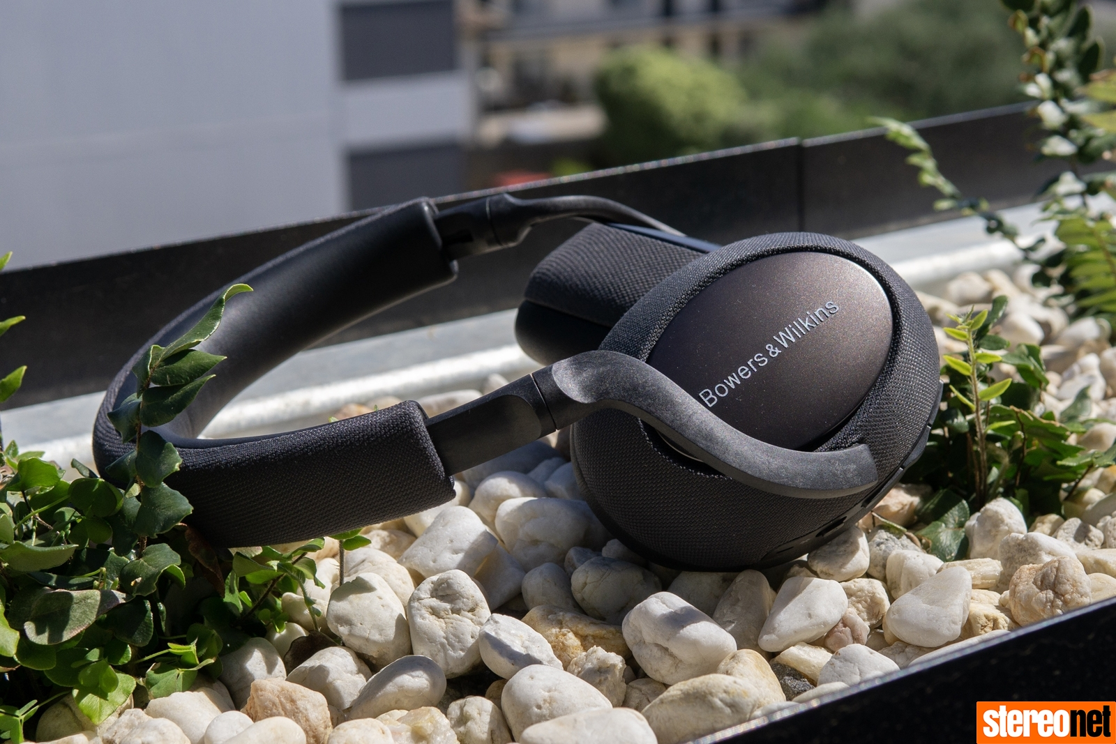 Bowers & Wilkins PX7 Wireless Headphones Review