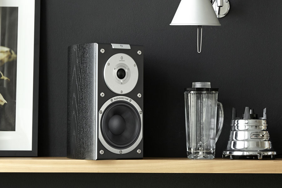 Review: Audiovector SR1 Signature Loudspeakers