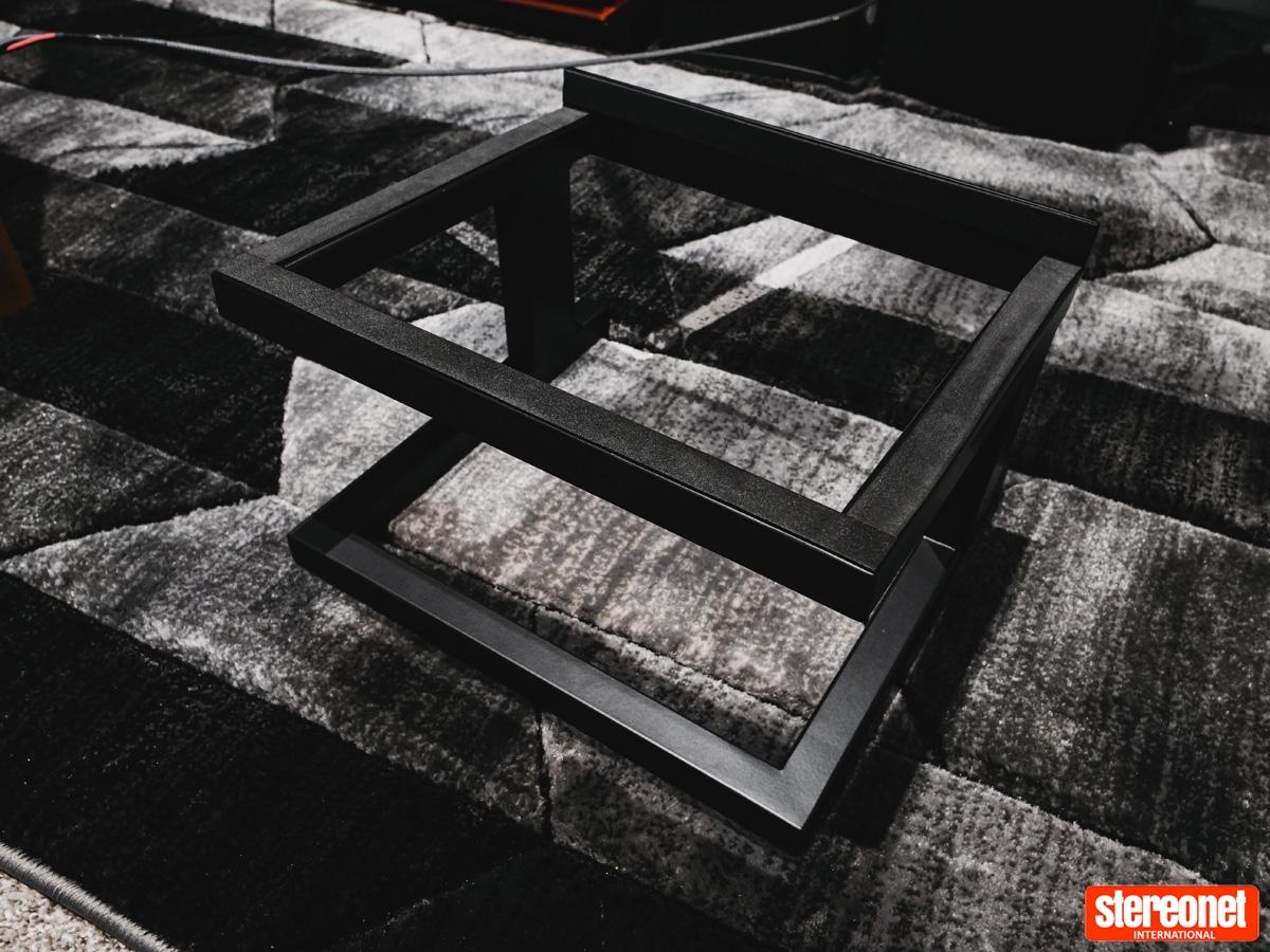 KLH Model Five Review