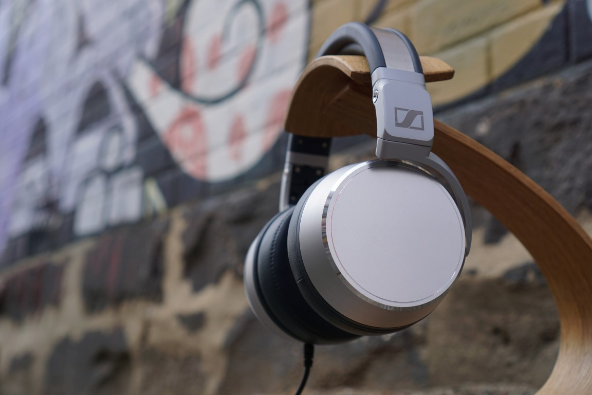 Reviewed: Sennheiser HD630VB Headphones