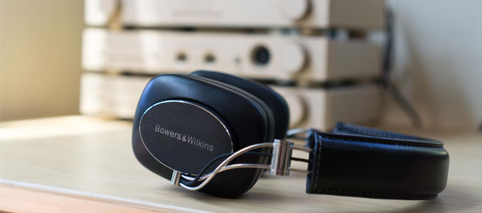REVIEW: BOWERS & WILKINS P7 WIRELESS HEADPHONES