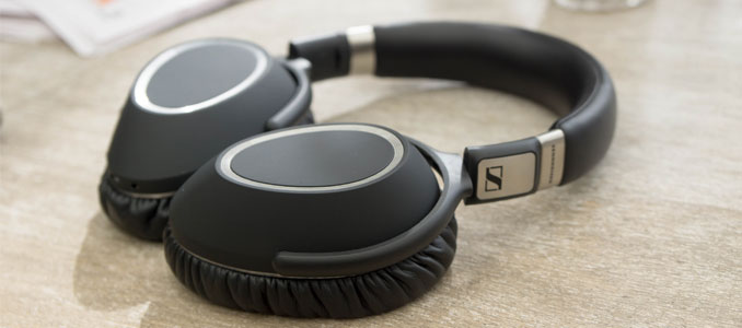 19d8a79f1b4 Sennheiser PXC 550 Wireless Headphones Review | - StereoNET ...