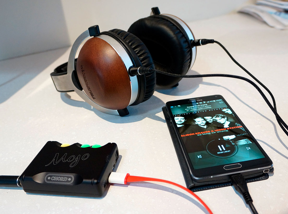 Review: Chord MOJO Headphone Amplifier DAC