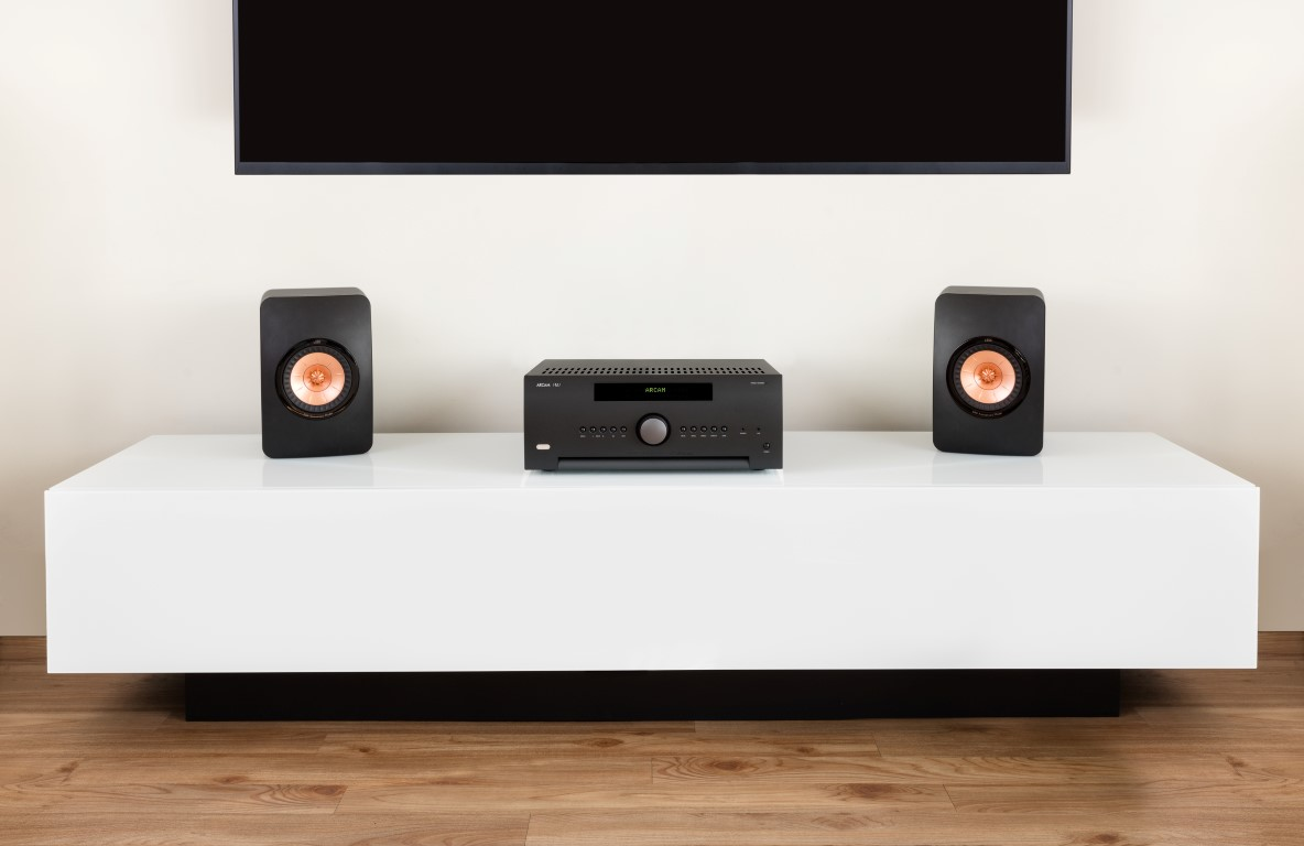 Arcam SR250 with KEF LS50 Speakers