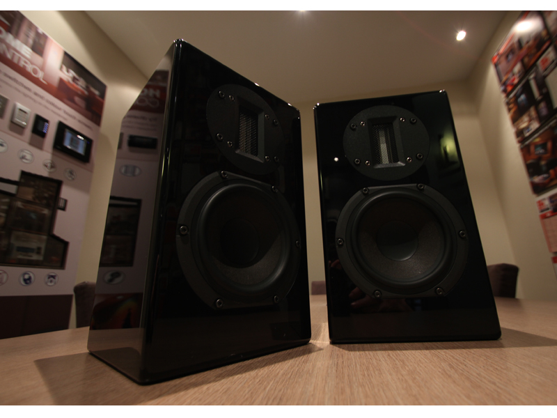 Axis Voicebox S Loudspeaker Review