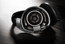 Sennheiser HD 800 - Handcrafted German Perfection