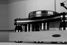 ISOACOUSTICS DELOS ISOLATION PLATFORM COMING SOON