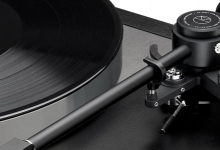 LINN'S 2019 MAJIK LP12 TURNTABLE