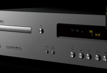 Luxman D-03X Compact Disc Player Review