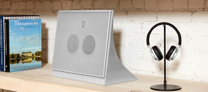 MASTER & DYNAMIC'S NOT SO PORTABLE WIRELESS SPEAKER