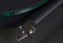 NAD CELEBRATES 45 YEARS WITH A TURNTABLE
