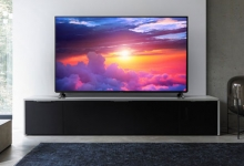PANASONIC'S NEW OLEDS SCREENING AT A STORE NEAR YOU