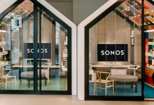 SONOS PLANNING HIGH-END WIRELESS HEADPHONES