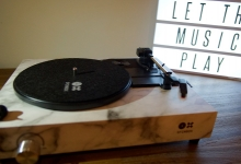 SPINBOX, A RECORD PLAYER A 5-YEAR OLD CAN BUILD