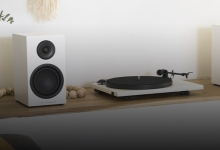 REVIEW: TRIANGLE TURNTABLE & ELARA LN01A SPEAKER PACK