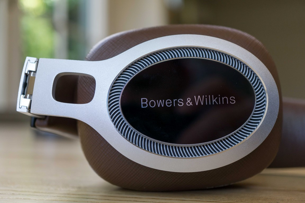 Bowers Wilkins P9 Signature Headphones