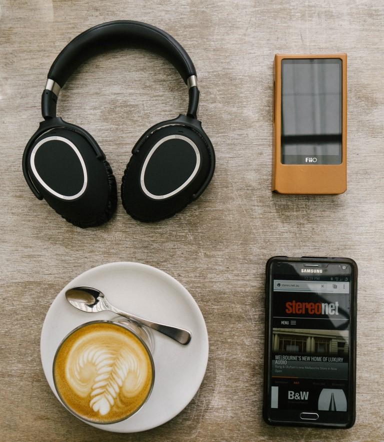 Sennheiser PXC 550 Wireless Headphones Review