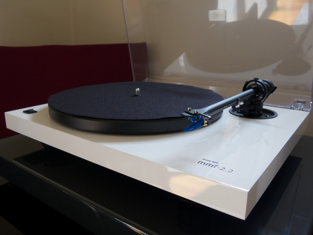 Music Hall MMF 2.2 Record Player Review