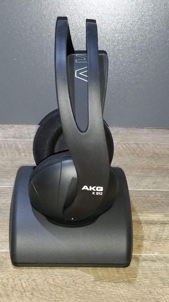 No Longer Available Fs Akg K912 Rechargeable Wireless