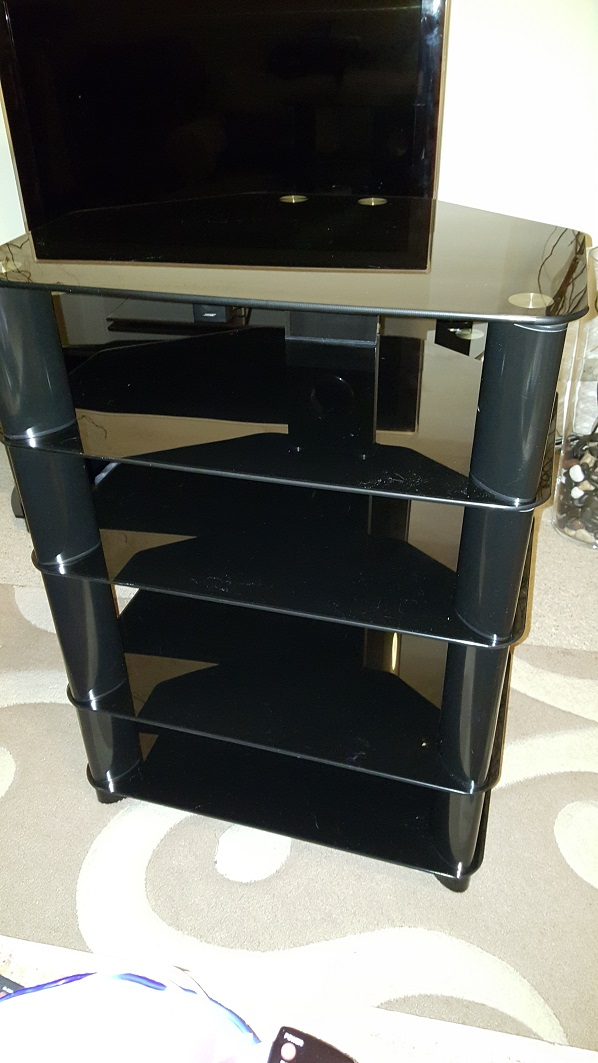 sold fs syd hifi rack 5 shelf with black glass. Black Bedroom Furniture Sets. Home Design Ideas