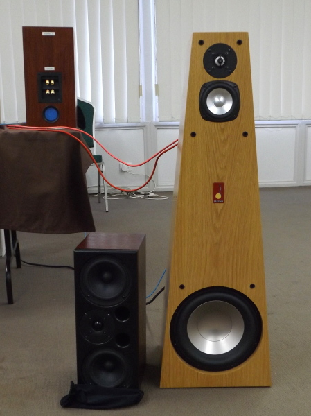 Legend Kanga 8 and Big Red Active speakers#3.jpg