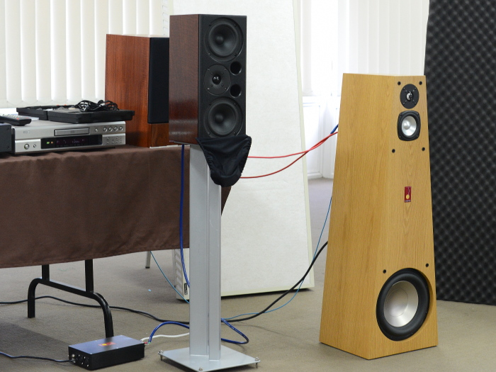 Legend Kanga 8 and Big Red Active speakers.jpg