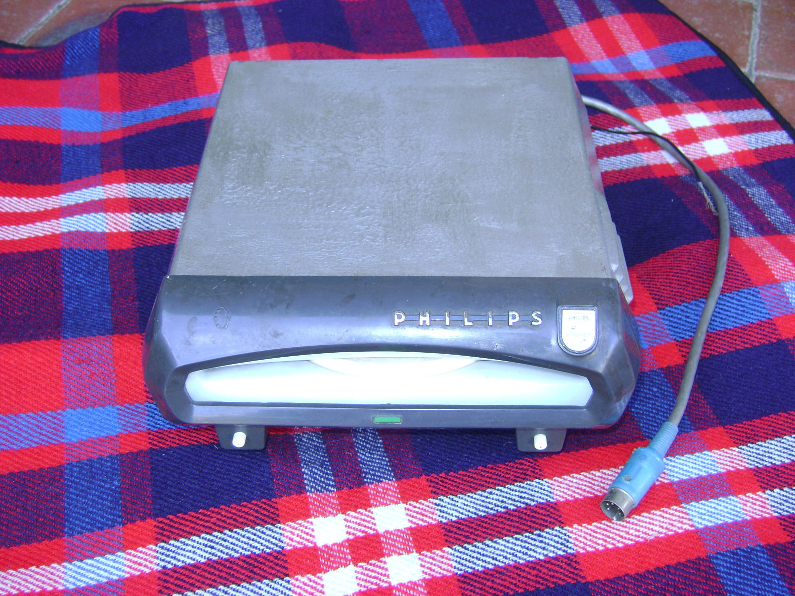 Ebay Record Player >> Philips Car Record Player 45 Rpm 1960 S On Ebay Vinyl And