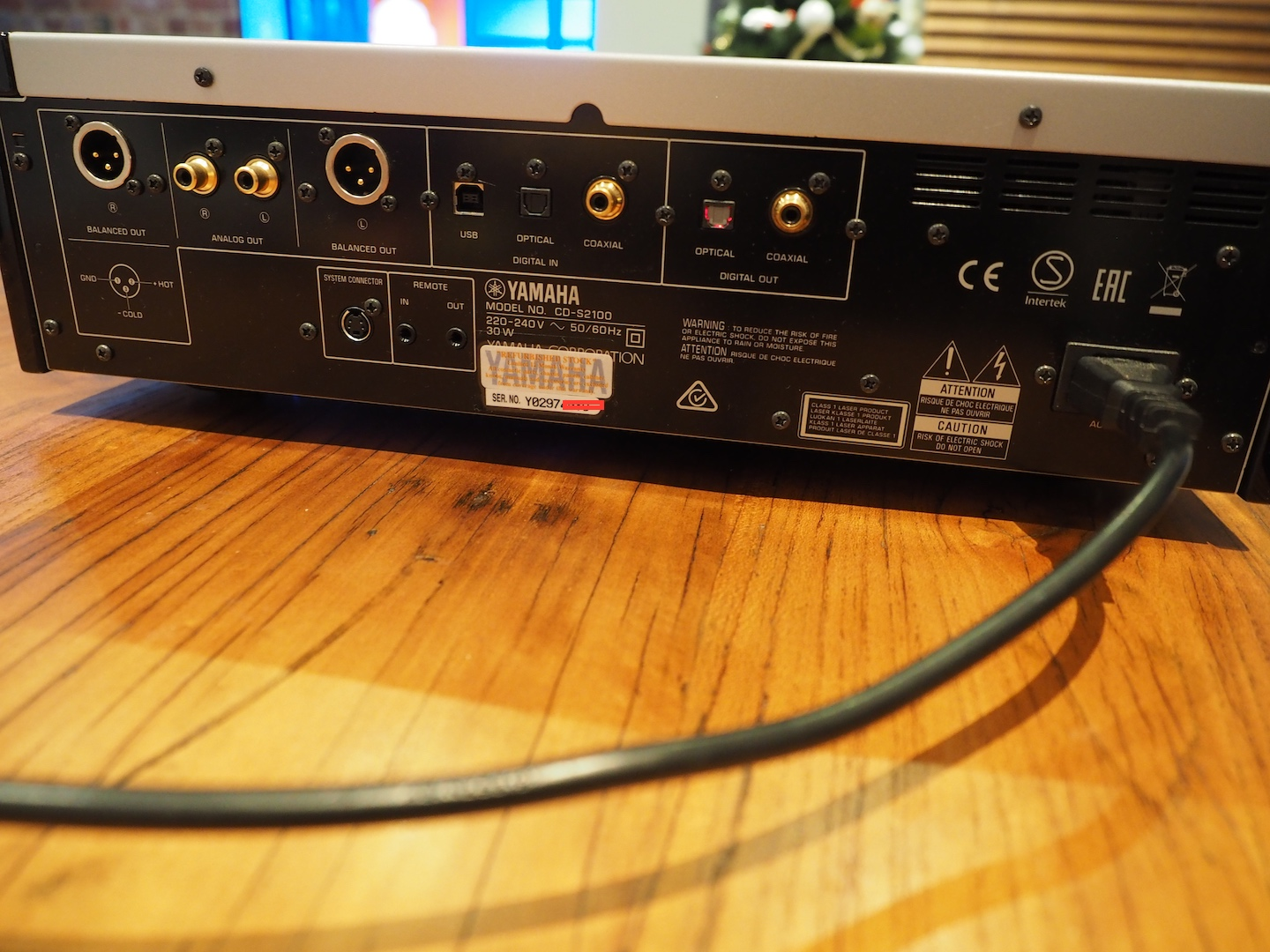 sold yamaha cd s2100 sacd player with dac inputs. Black Bedroom Furniture Sets. Home Design Ideas