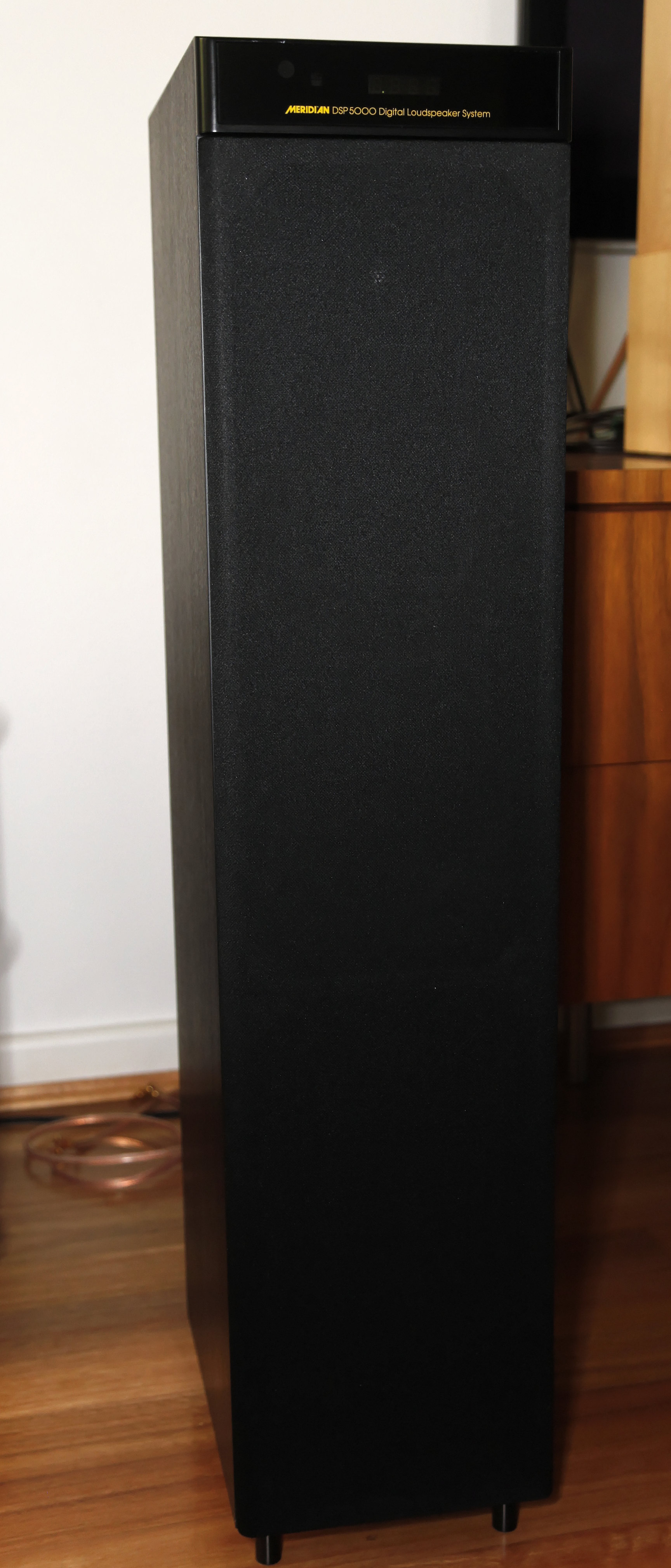 Active Speaker Pas 79 Brown - Daftar Harga Terlengkap Indonesia - Simaudio Moon and Dynaudio.