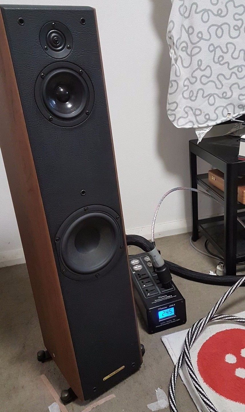 Sonus Faber toy tower (Italian made) - Classifieds - Audio