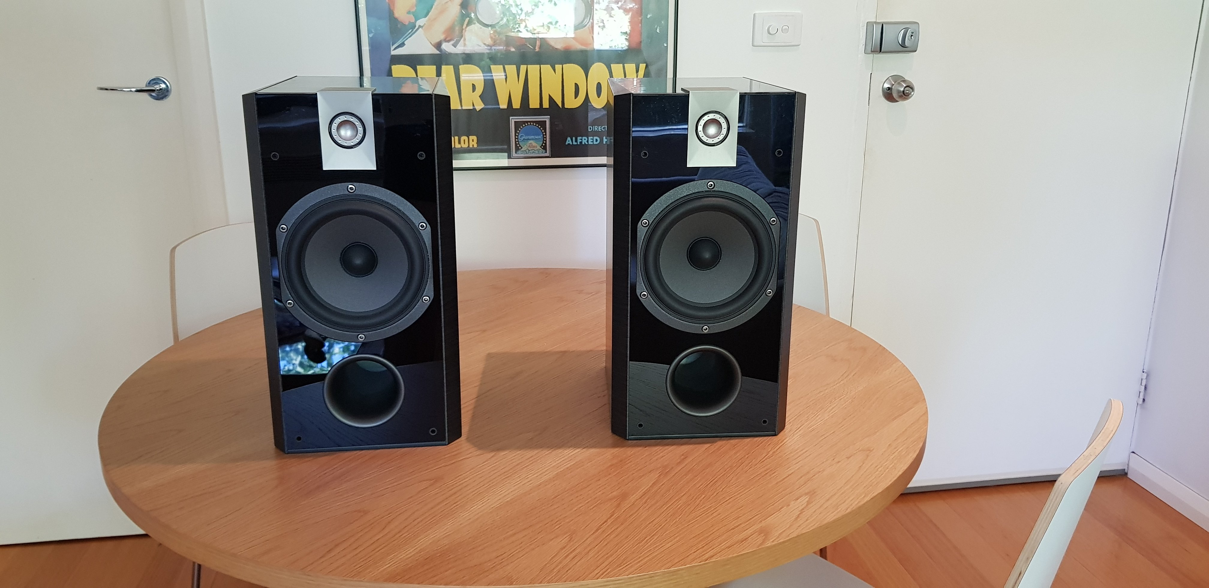 SOLD: FS: Focal Chorus 807v Bookshelf Speakers - Classifieds - Audio