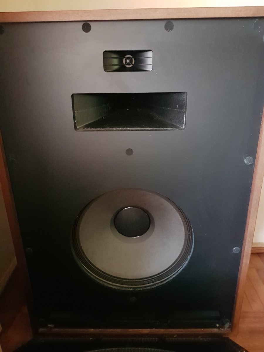 FS: KLIPSCH CORNWALL 11 Speakers - Classifieds - Audio - StereoNET