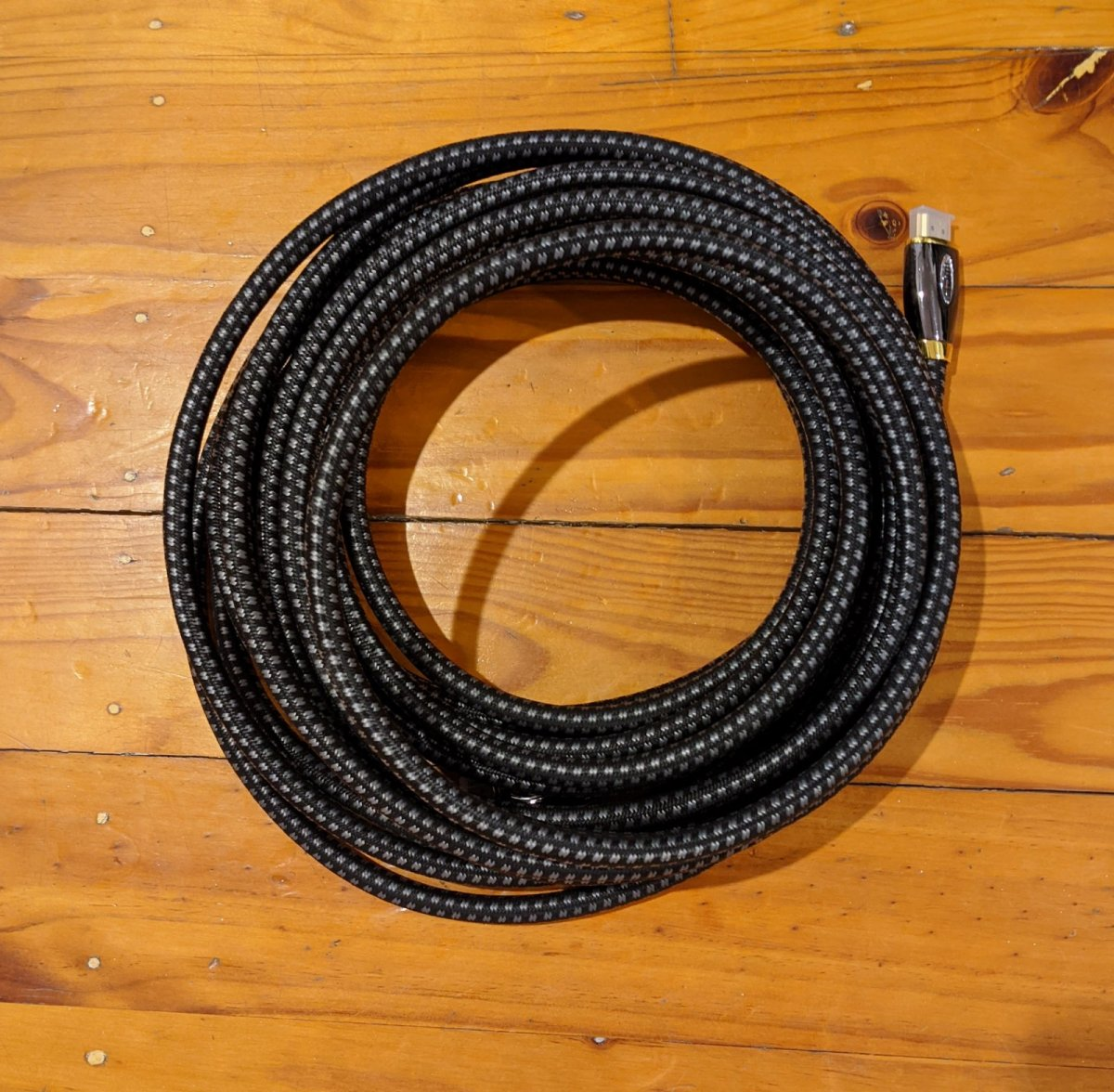 HDMI 10 metre cable.jpg