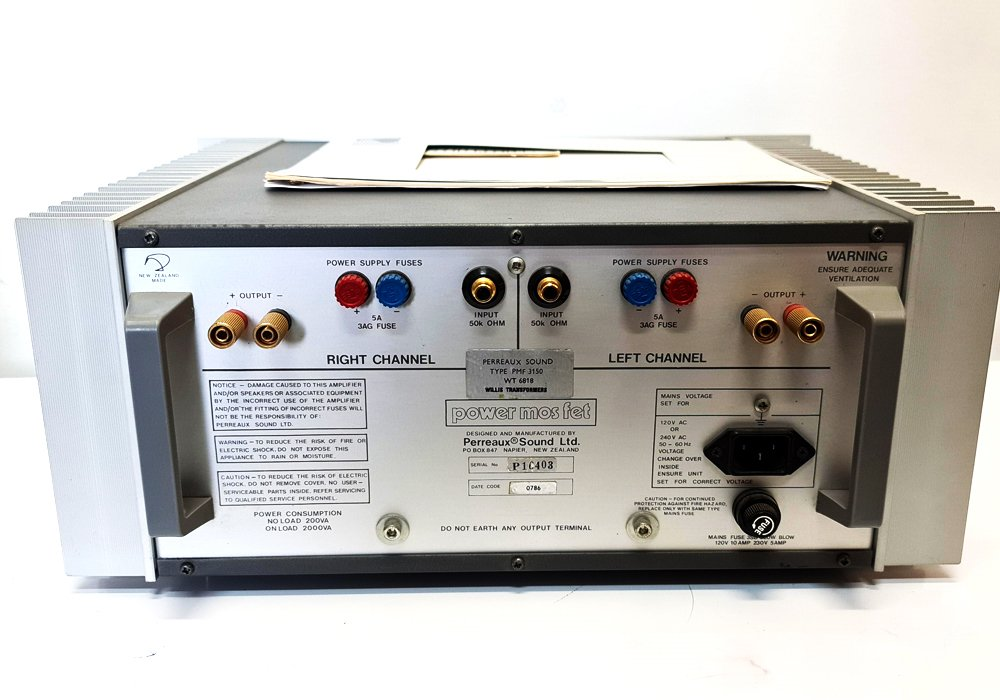 Perreaux-3150-Power-Amplifier_2.jpg