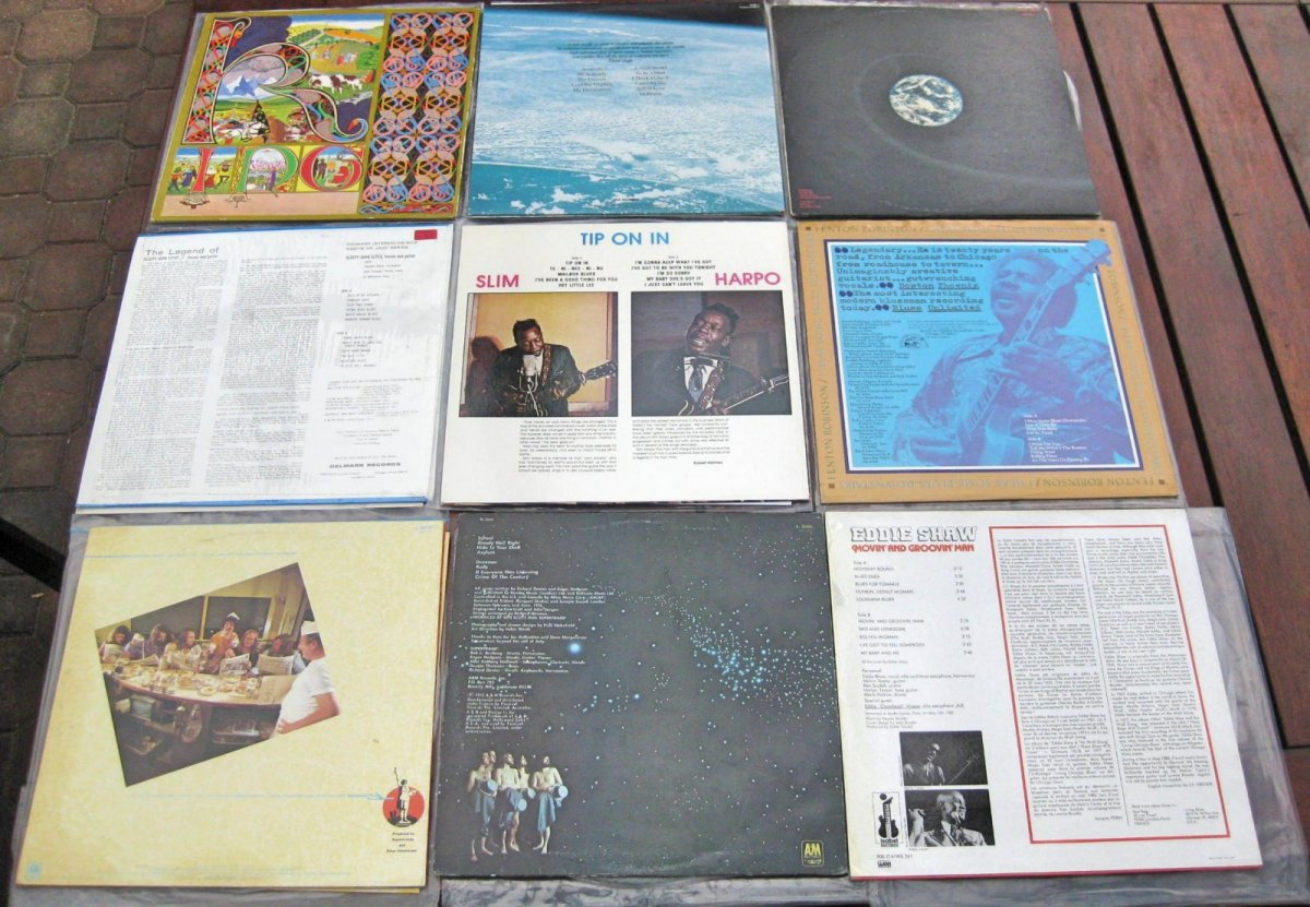 Record Sale 190420 Back.jpg