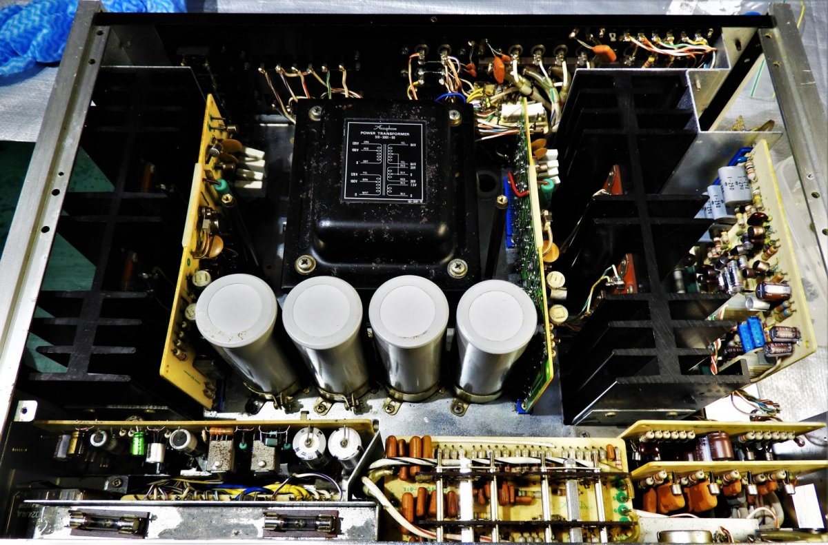 3. Accuphase E-202 Nearly Finished (9).JPG