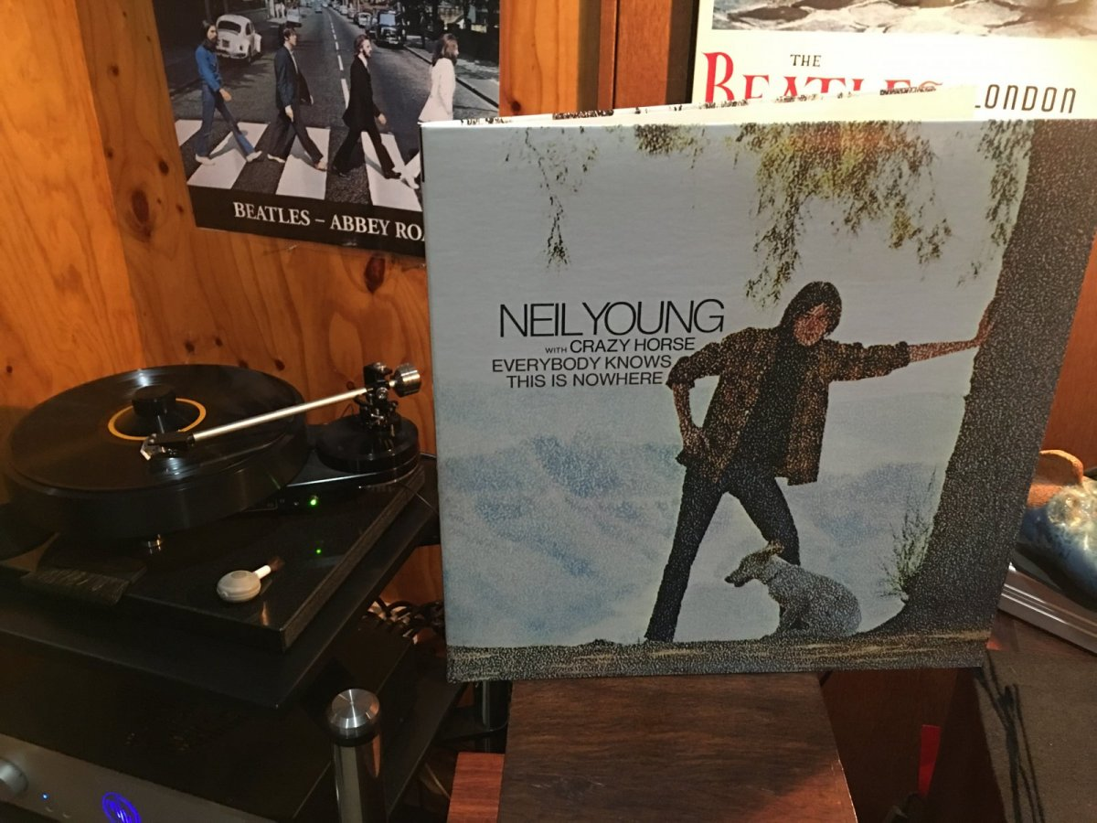 Neil Young - Everybody Knows This Is Nowhere.JPG