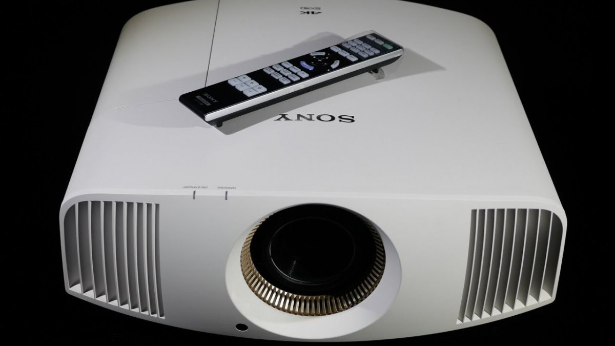 projector with remote.jpg
