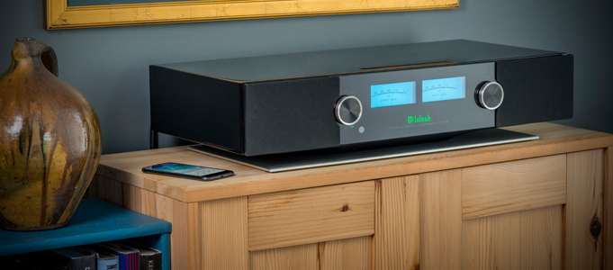 MCINTOSH RELEASES THE RS200 WIRELESS LOUDSPEAKER SYSTEM