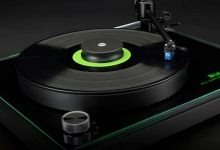 MCINTOSH ANNOUNCES NEW MT2 PRECISION TURNTABLE