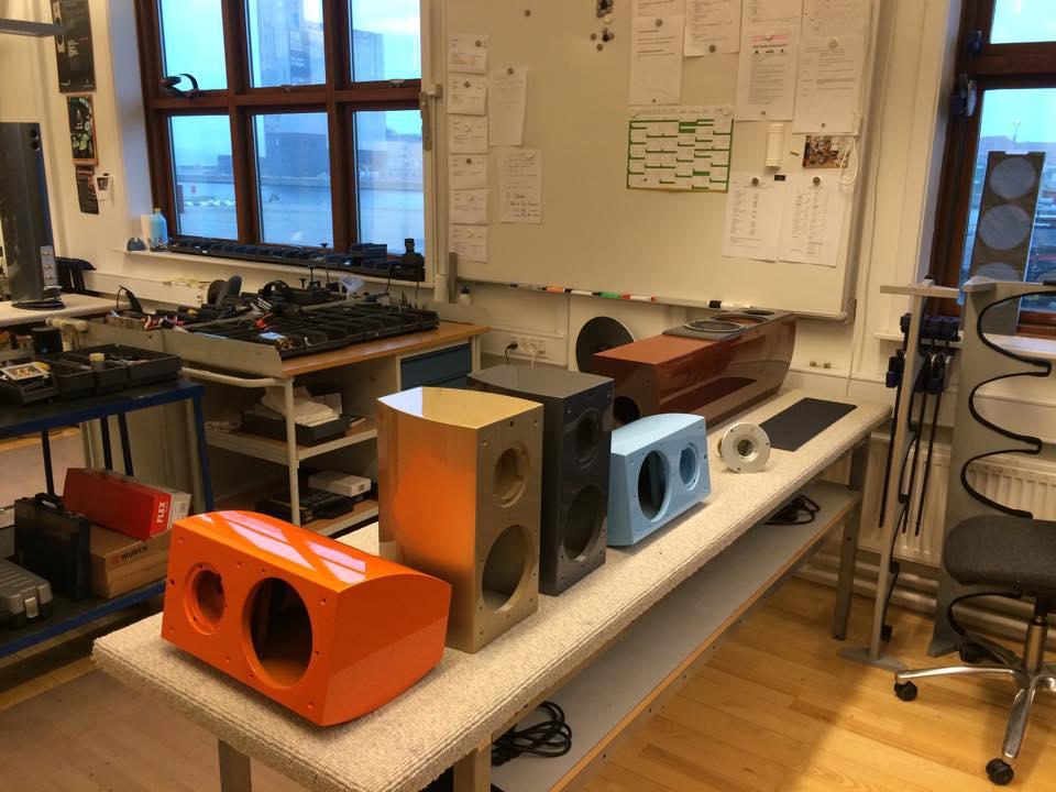 Review: Audiovector SR1 Loudspeaker