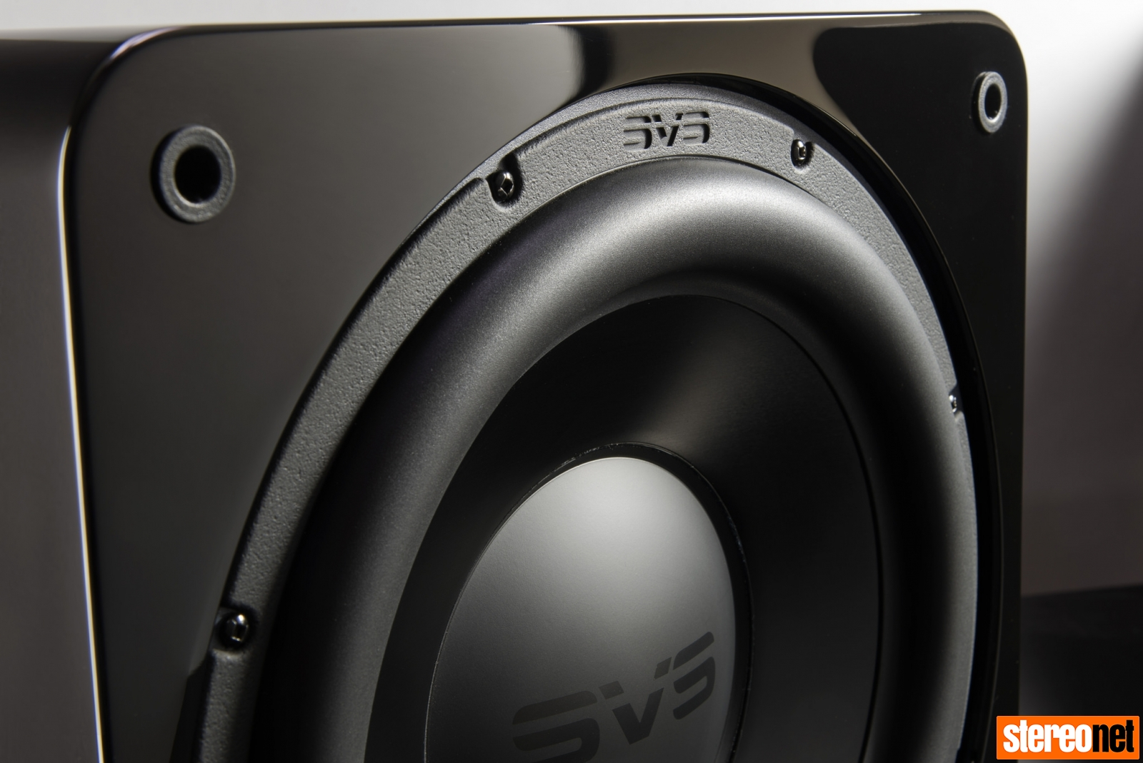 SVS 3000 Series sub