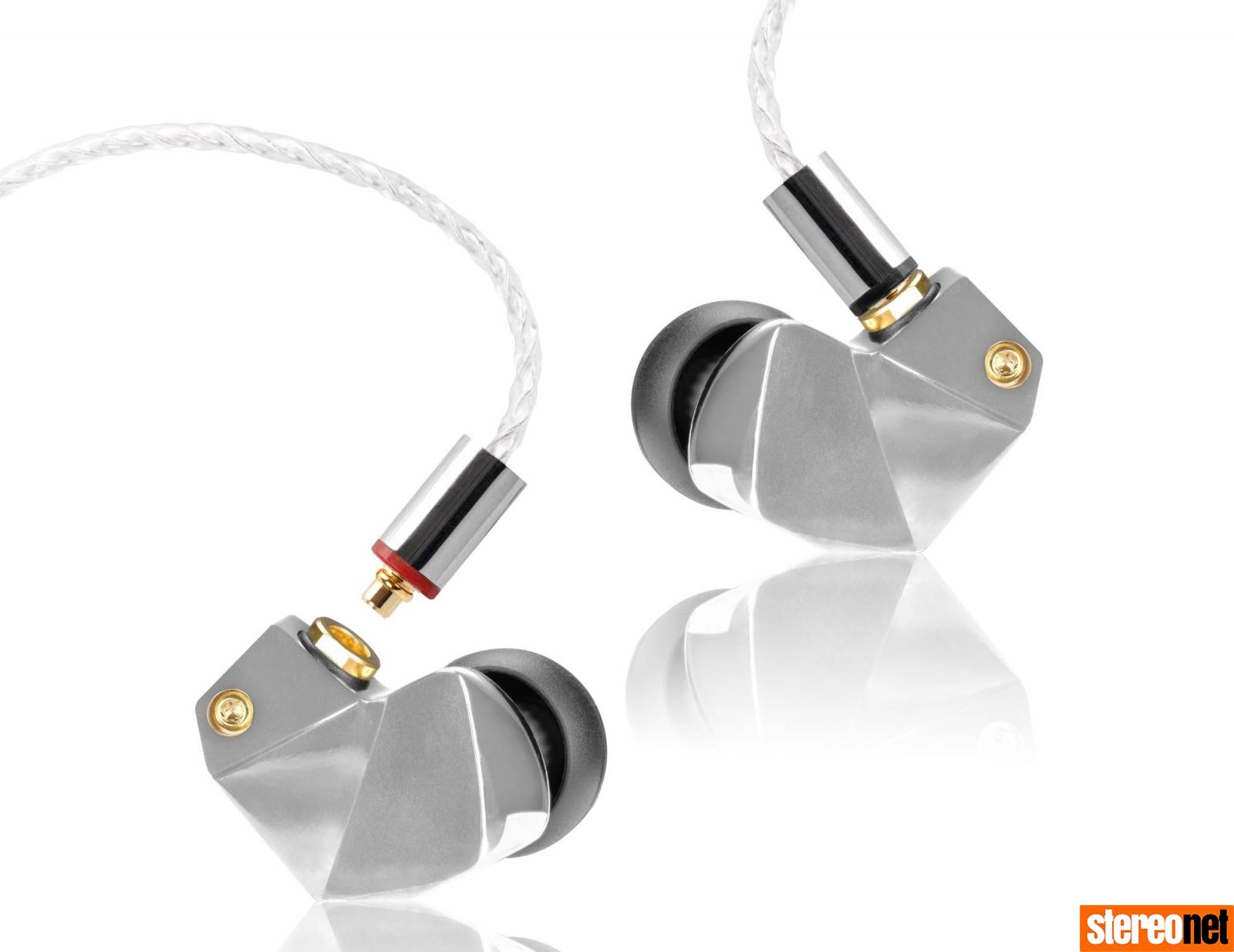 Final Audio B3 Earphones