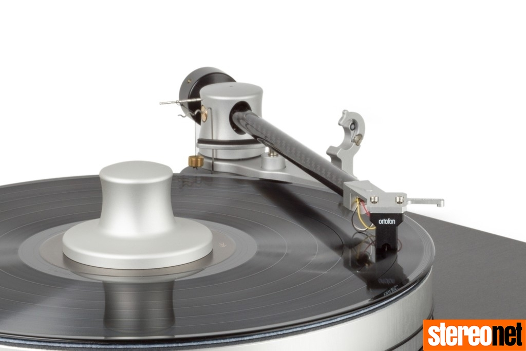 Mark Levinson 5015 turntable CES 2020