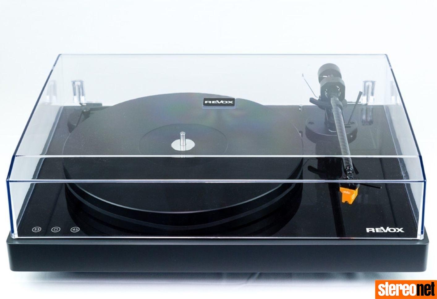 Revoc Studiomaster T700 turntable