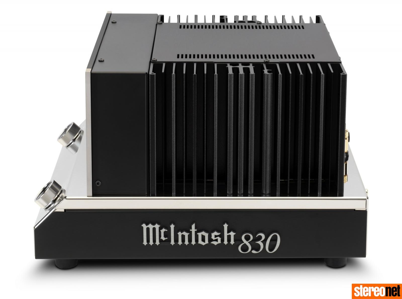 McIntosh MC830 monoblock power amp